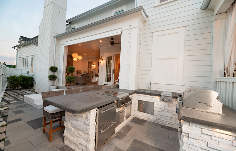 2019 Professional Builder Design Awards Silver single family over 3100 sf outdoor kitchen