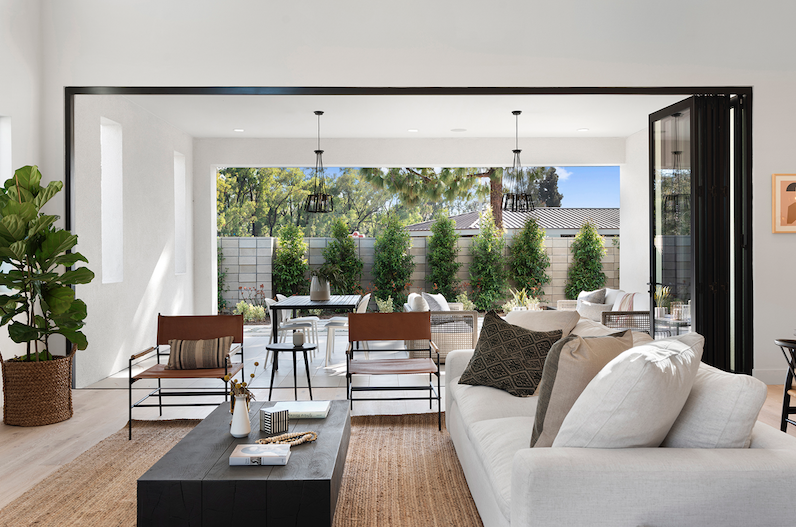 2019 Professional Builder Design Awards Silver Single Family over 3100 sf Miraval II indoor transition to outdoors
