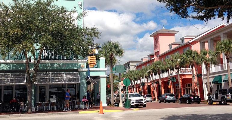 New Urbanism principles on display in Celebration, Florida