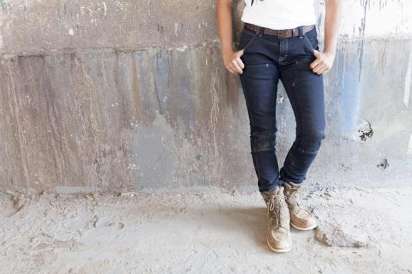 Maven Indigo Power Flex Pant from Dovetail Workwear.