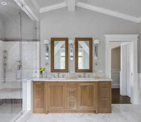 Master bath with shower and vanity