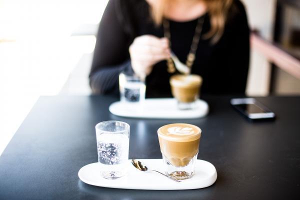 Coffee bar_Millennials_Boomers_demographics