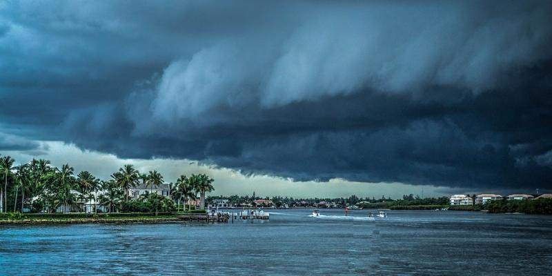 Hurricane approaching South Florida