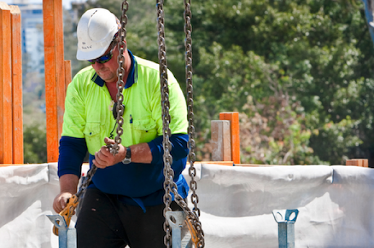 Aging labor force_construction industry_2013 Census survey results_construction sector workers