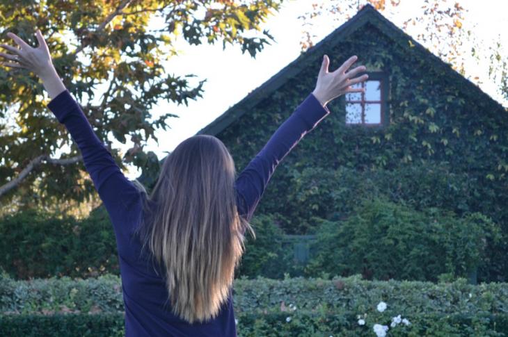 Happy homeowner_builder customer satisfaction