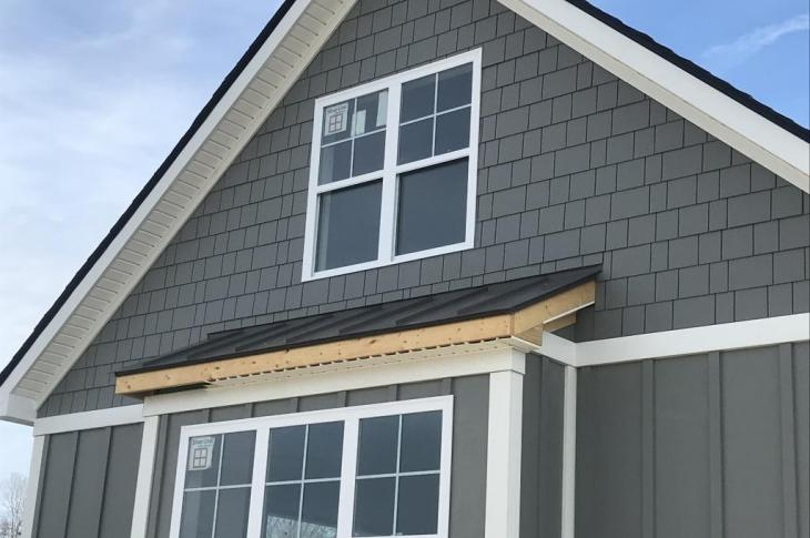 The design versatility of the James Hardie product line allows each unit to have its own personality, while giving the entire community a high-end, unified appearance.