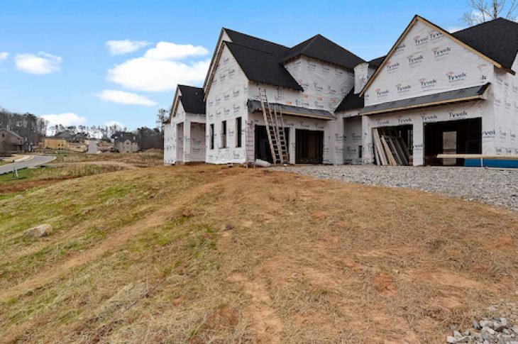House_with_building_wrap_on_clean-Job_site