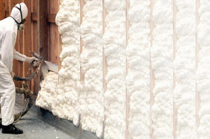 Insulation_spray foam_installation