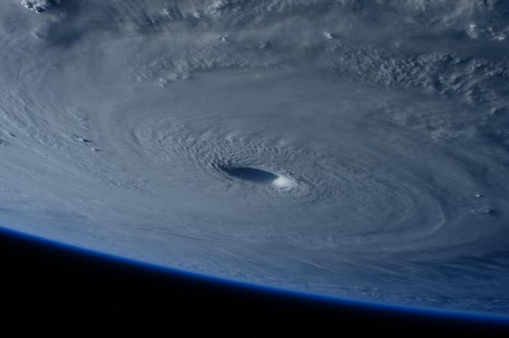 Hurrican_from_space
