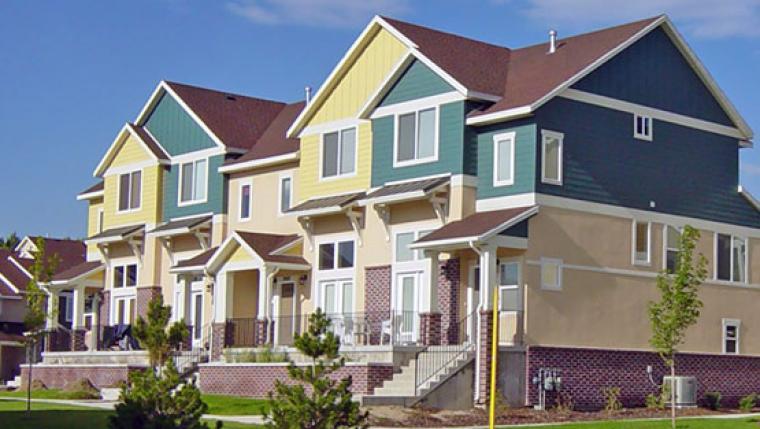 vinyl-siding-houses.jpg