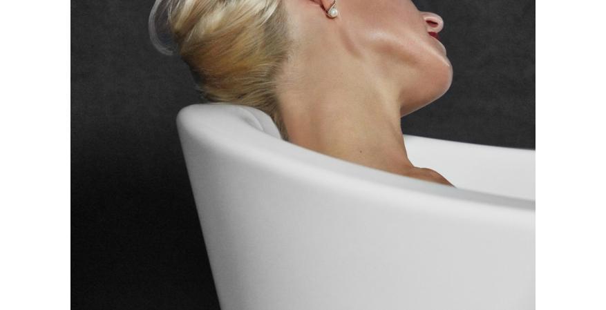 Aquatica true ofuro tranquility Japanese bathtub