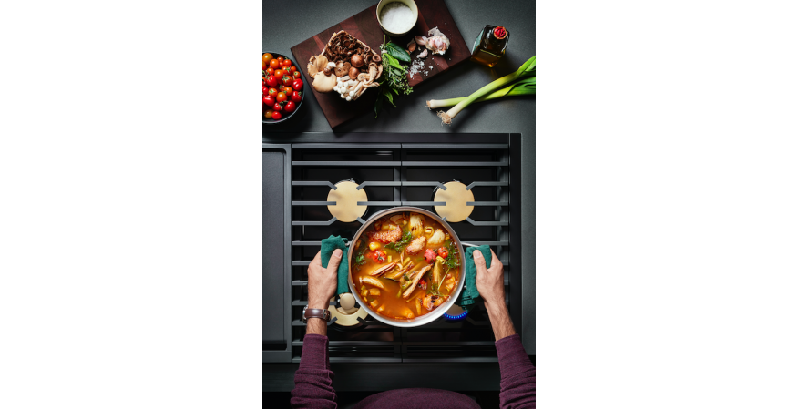 Dacor says its newly introduced Modernist Collection is a full line of revolutionary new kitchen products that blend technology and innovation with premium features.