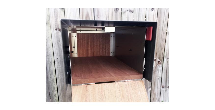 Waldo Fence XL contemporary mailbox interior