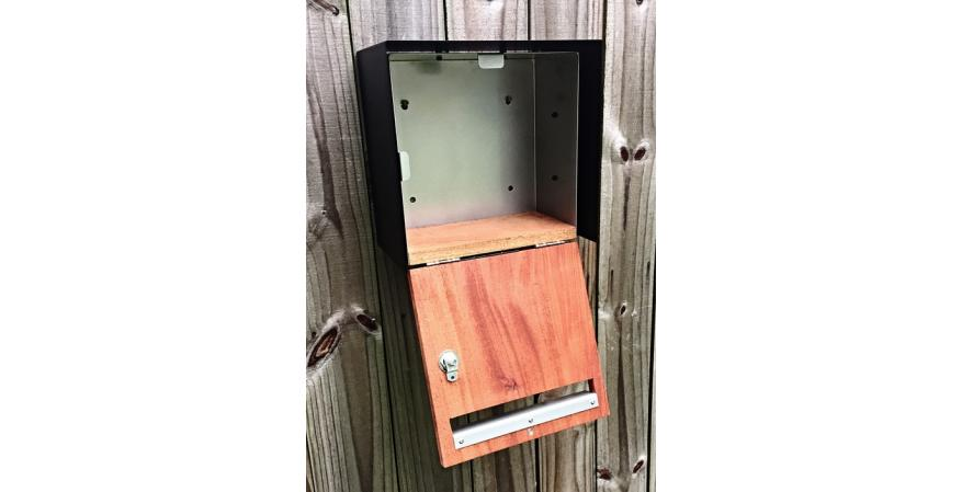 Waldo Fence XL contemporary mailbox open