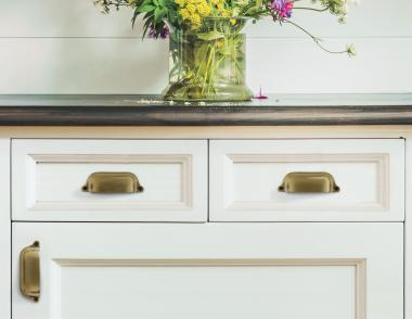 Nostalgic Warehouse Modern Farmhouse Collection Cup Pull white cabinet