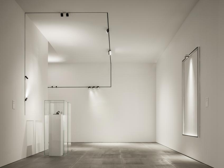 Flos Architectural Tracking Magnet EVO aplastada copia Room scene