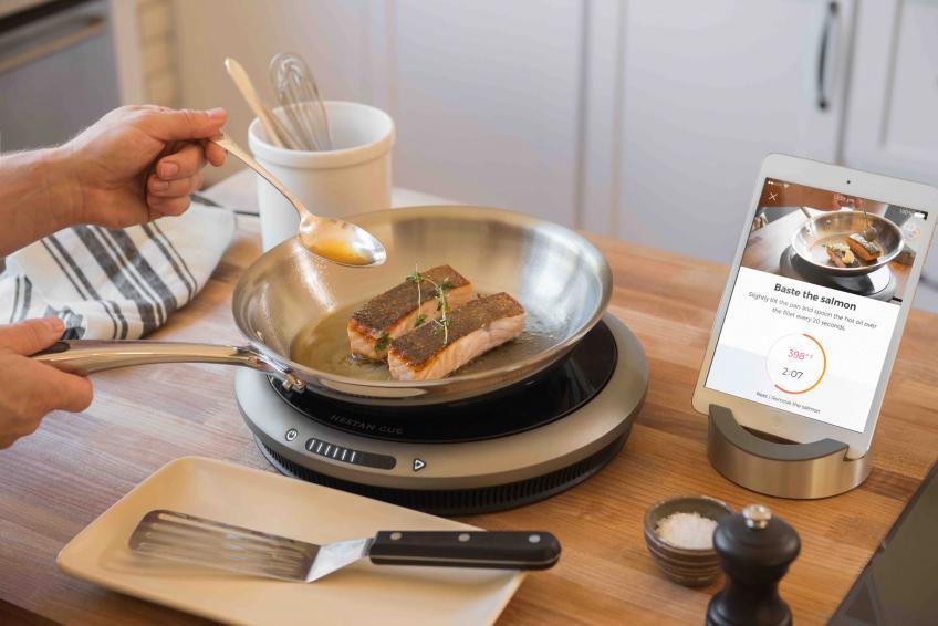 Hestan Cue single burner with integrated app