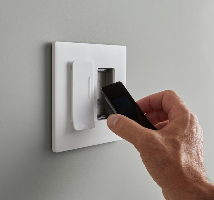 Noon room director smart lighting control