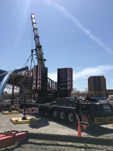 Liebherr LTM 1450-8.1 crane