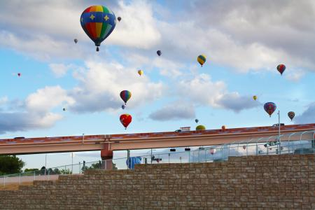 Hot air balloons fly over Ledgestone Redi-Rock retaining wall
