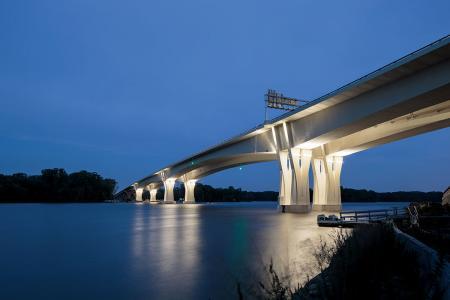 No. 9 Bridge 2017