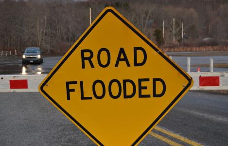 road flooded sign