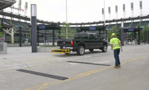 Worker deploys RoadQuake TPRS with PSS CRIB Cargo Carrier, Cleveland, Ohio