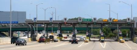 an express toll lane to the Stevenson Expressway