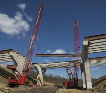 Cranes on Pittsburgh highway project
