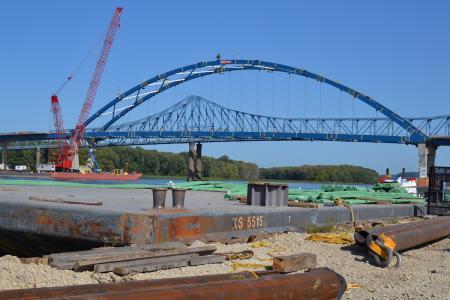 Dale Gardner Veterans Memorial Bridge (U.S. 52)