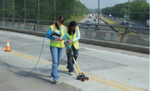 Coupling GPR and infrared thermography to detect damage in reinforced-concrete bridge decks