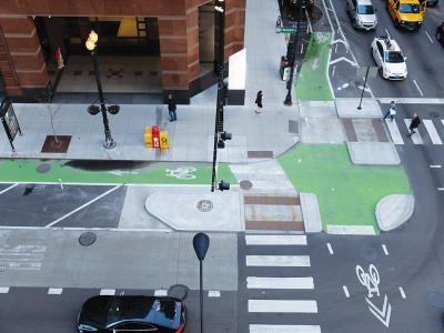 Protected Chicago intersection
