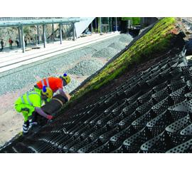 the Presto Geoweb slope protection system