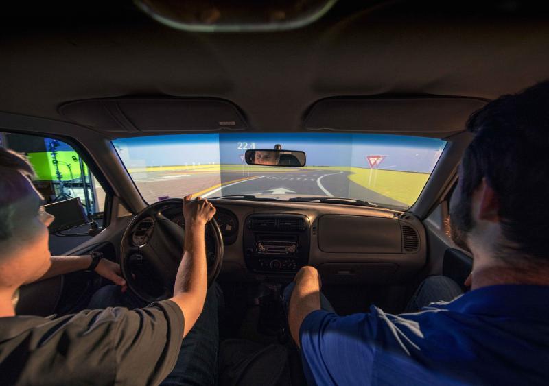 Road driving simulator testing Missouri S&T; MoDOT