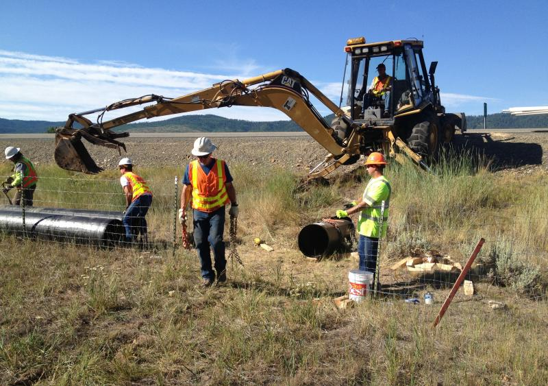 HDPE pipe used to slipline and rehabilitate CMP culvert in Oregon