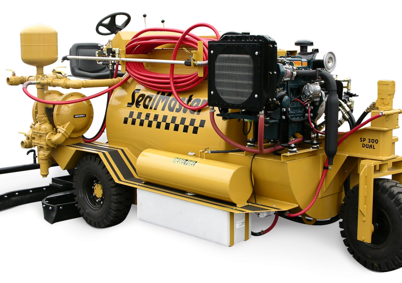 SP 300 dual spray/squeegee machine