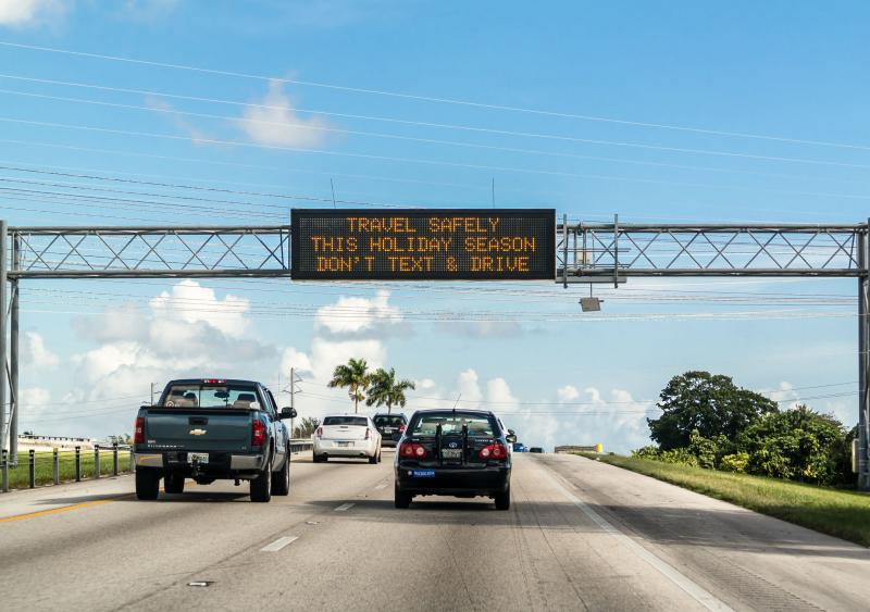 Active traffic management signage debuts on U.S. 95 in Las Vegas