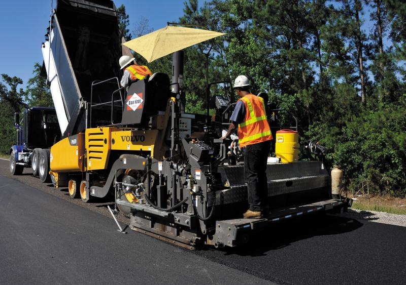 Volvo's PF6170 wheel-mounted paver