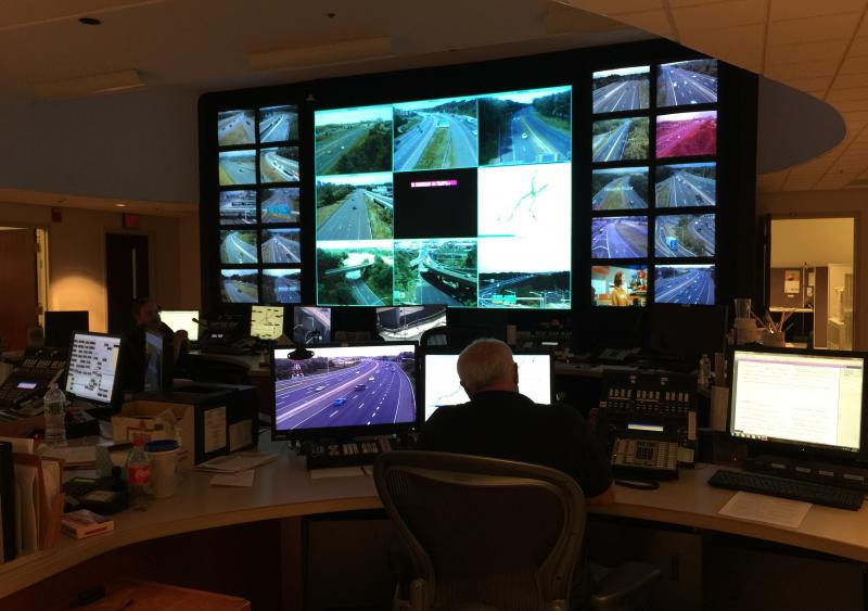 ConnDOT's real-time traveler information system aids agencies and public throughout state