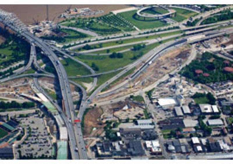 Bridge work escalates at Louisville, Ky., jobsite