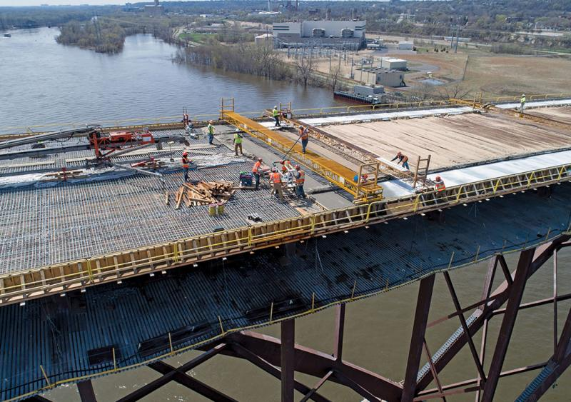High Bridge arch span deck finishing