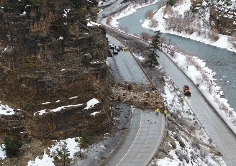 I-70 Rockslide Colorado Glenwood Canyon