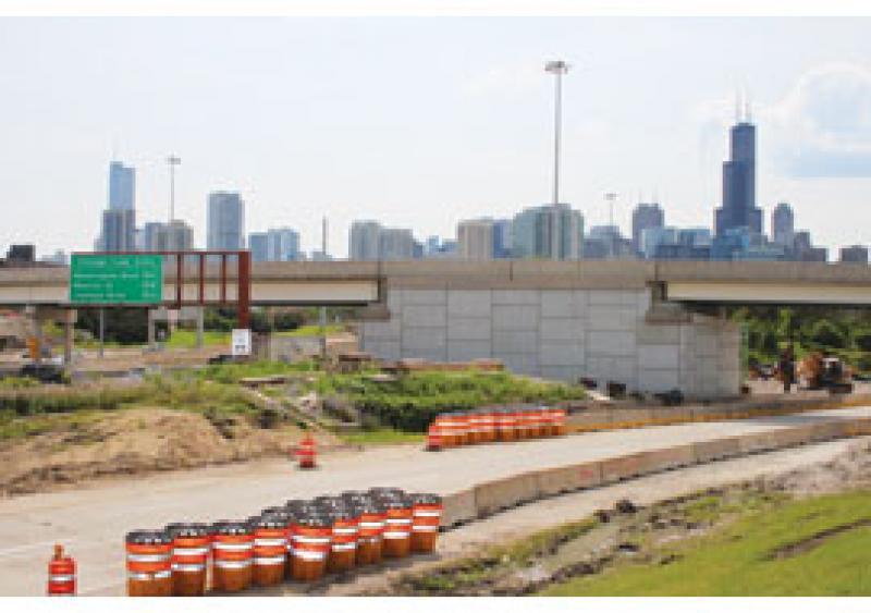 Chicago's stifling traffic calmed during bridge demo