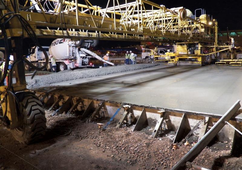 Contractor executes a perfect plan on Phoenix Sky Harbor runway