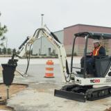 18-hp TC20 compact-crawler excavator