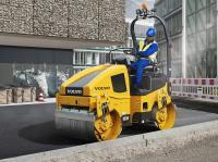 The Volvo DD25B double-drum compactor