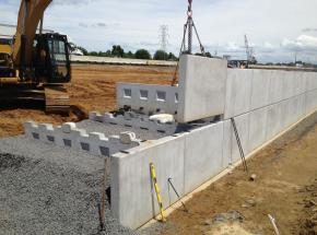 Modular gravity wall system
