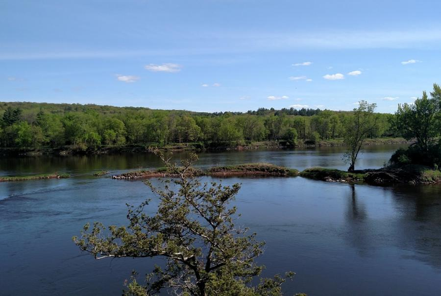 Red River water quality declines due to polluted storm water runoff and drainage systems