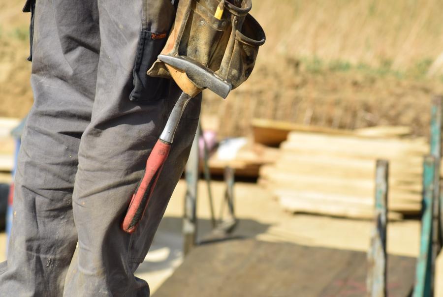 Construction spending plateaus