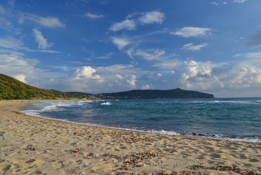 Lido Beach faces erosion control problems